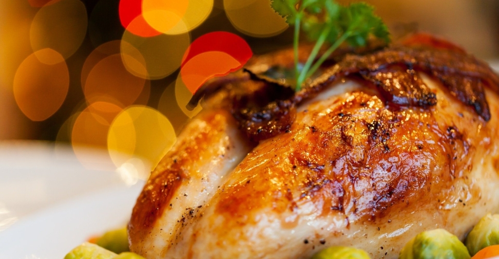 How to quickly and safely defrost a turkey thanksgiving