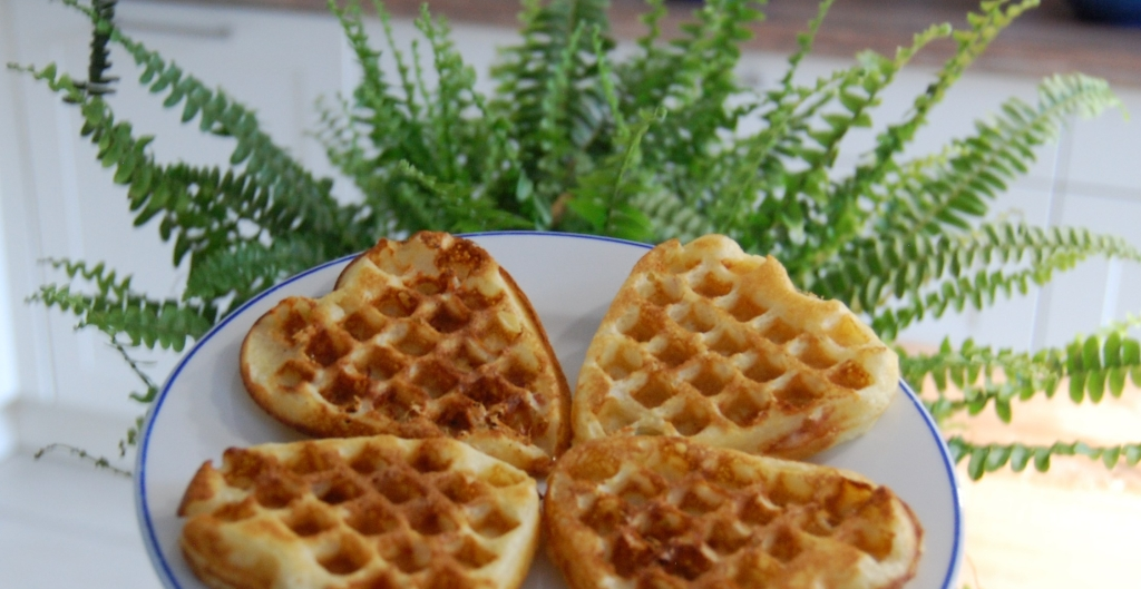 Blue cheese and bacon waffles recipe