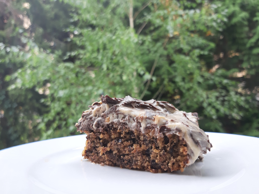 No flour low-carb eggnog cake recipe