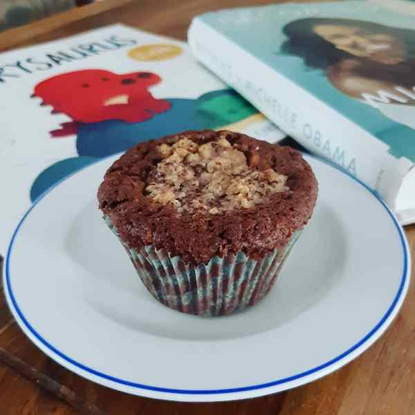 Hazelnut muffins with filling