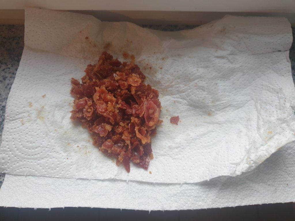 how to crush crispy bacon